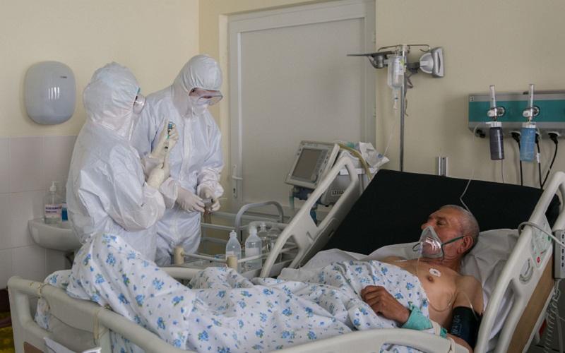 649 de persoane, confirmate pozitiv la Covid-19. 17.460 de persoane sunt internate în spital, iar 7.042 se tratează la domiciliu